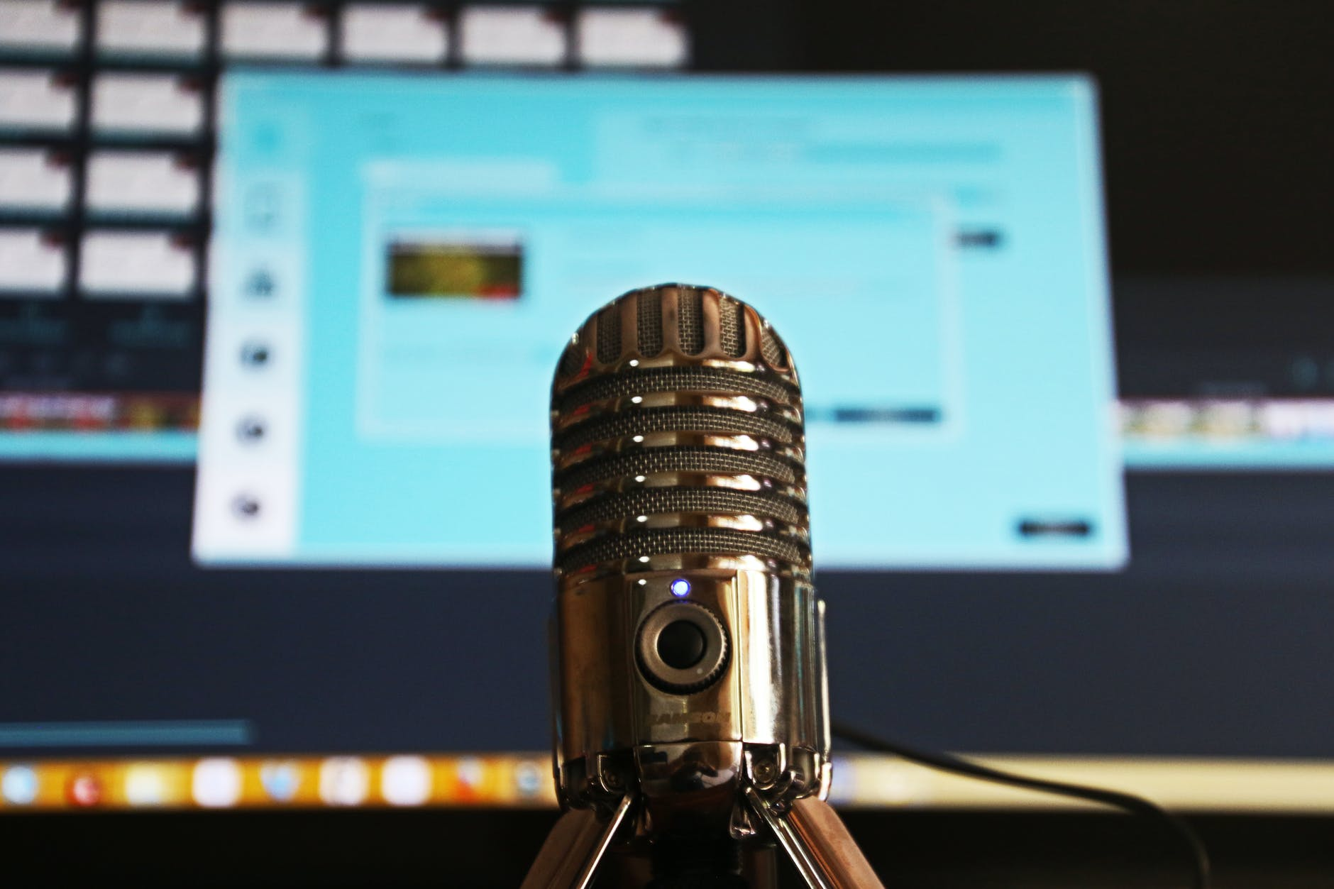 10 interesting podcasts for developers